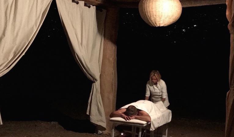 Massages du désert à la belle étoile...